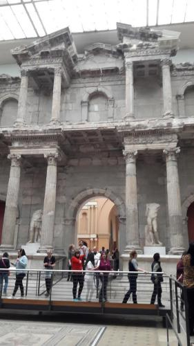 Pergamon interior Berlin tour guiado visita turistica