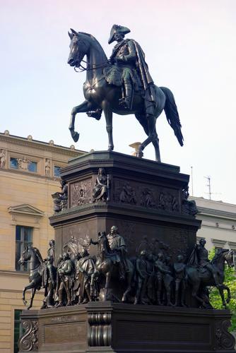 Federico II Berlin tour guiado visita turistica