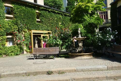 Patios Mitte  Vlado Berlin  visita turistica guiada tour