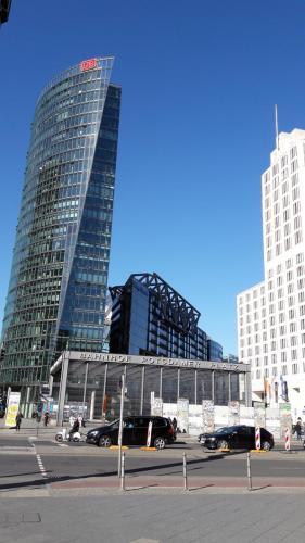 Potsdamer Platz edificio de la Deutsche Bahn Berlin tour guiado, visita guiada  turistica