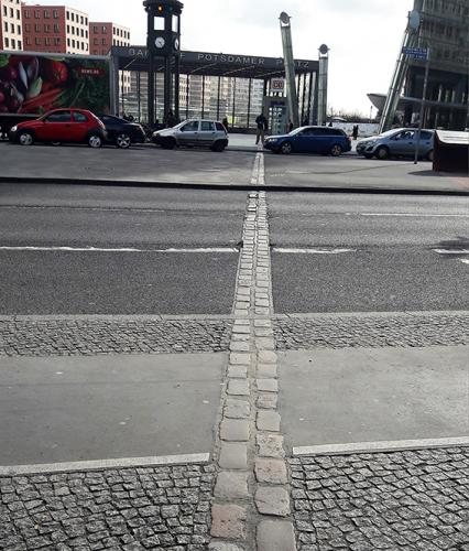 Potsdamer Platz gran cicatriz  Berlin visita turistica tour guiado
