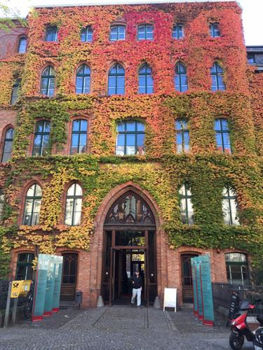 Fachada St. Hedwigs KH Berlin  visita turistica guiada tour